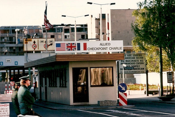 Checkpoint_Charlie_for_Website